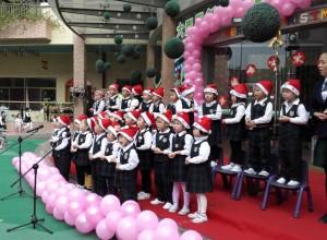 欢颂圣诞——记广东东莞寮步伟才幼儿园圣诞节系列活动