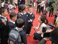 山东东营科达伟才(国际)幼儿园的宝宝们参观蔬菜博览会并接受媒体记者的采访